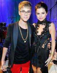 justin and selena all dressed up